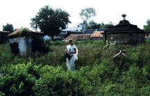 Finella in Narsinghpur's derelict cemetery, seeking Thomas' grave.